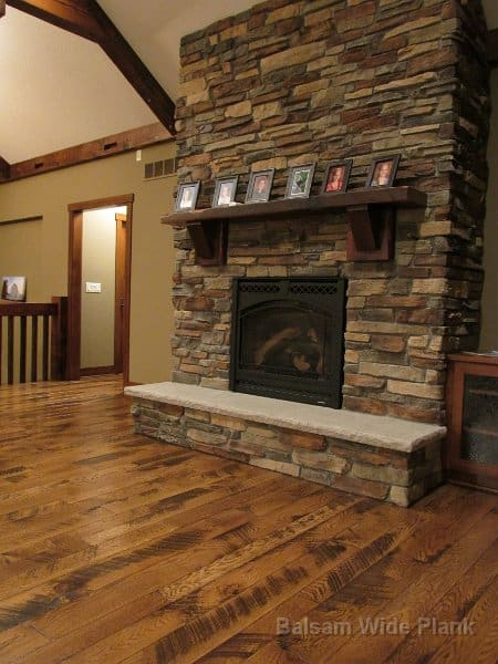 3x_10_Reclaim_Pine_Mantle_with_Character_Skip_Sawn_White_Oak_Flooring
