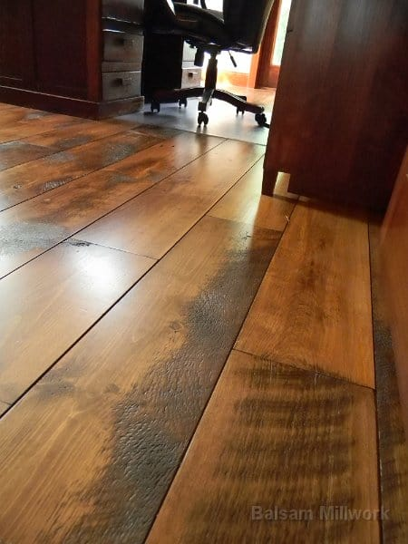 Carriage House Pine Balsam Millwork
