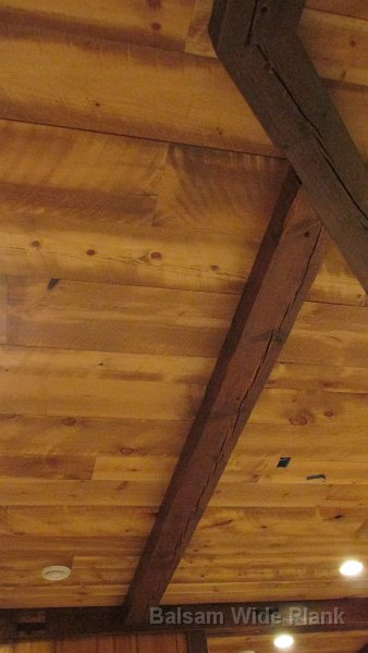 Carriage_House_Pine_Ceiling_with_Light_Stain