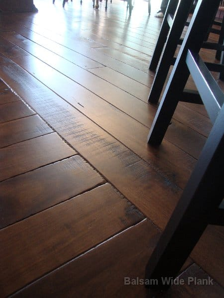 Character_Skip_Sawn_Black_Walnut_Hardwood_Floor