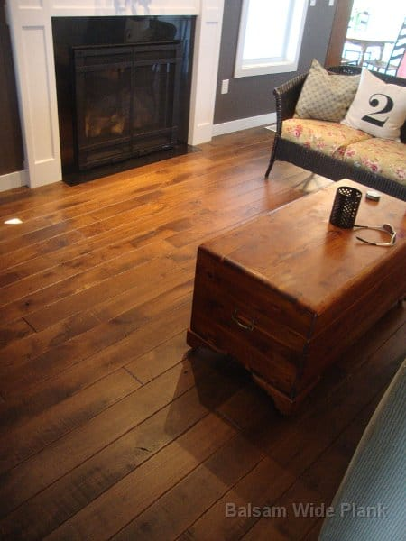 Character_Skip_Sawn_Black_Walnut_Wide_Plank_Flooring