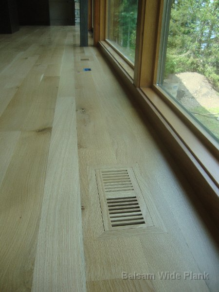 Character_White_Oak_Floor_and_Vent