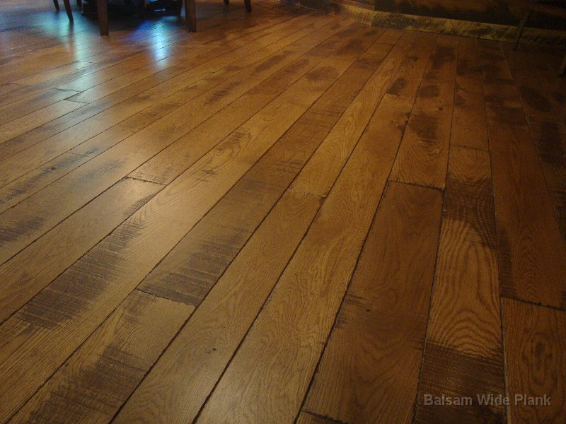 Character_White_Oak_Hardwood_Flooring
