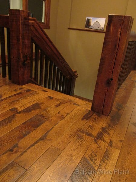 Character_White_Oak_Skip_Sawn_Floor_with_Reclaim_Pine_Ballusters