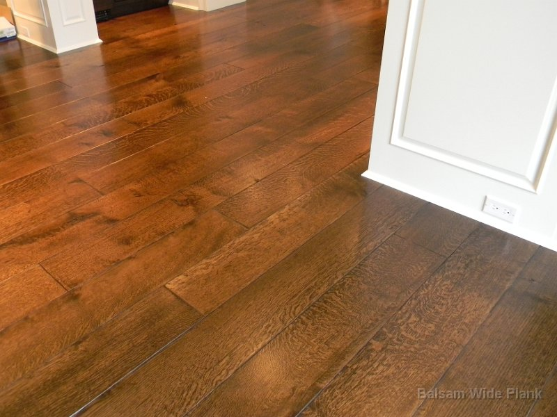 Quarter_Sawn_White_Oak_Hardwood_Floor