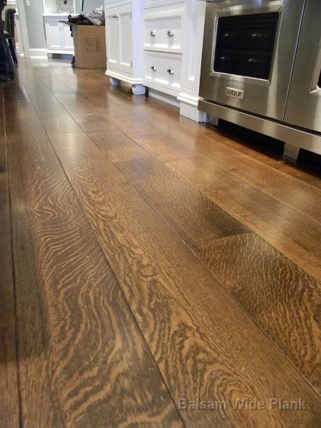 Quater_Sawn_White_Oak_Flooring_with_Soft_Scrape_Edges