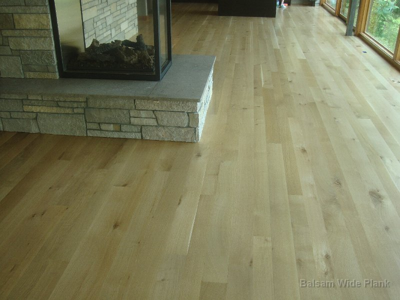 Rift_Cut_White_Oak_Hardwood_Floor