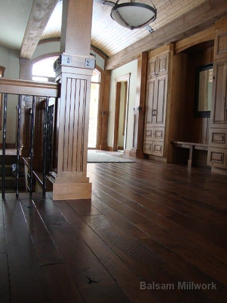 Skip_Sawn_Hickory_Planks_in_Entryway