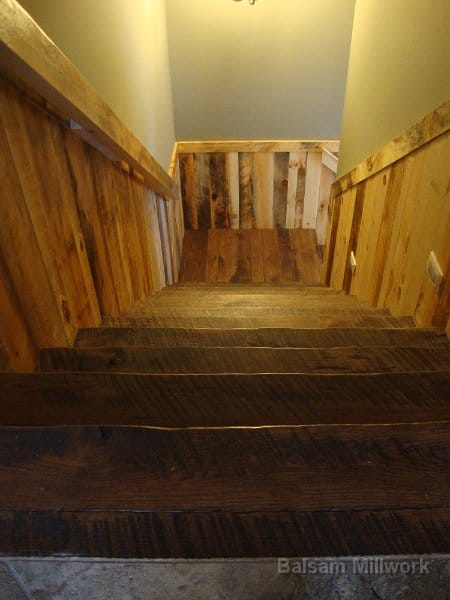 Skip_Sawn_Hickory_Treads_Full_of_Texture