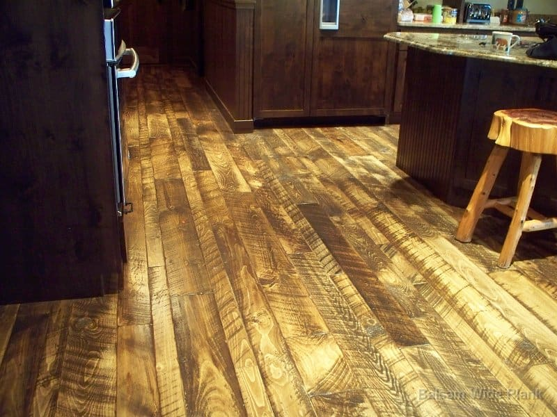 Skip_Sawn_Pine_Wood_Floors