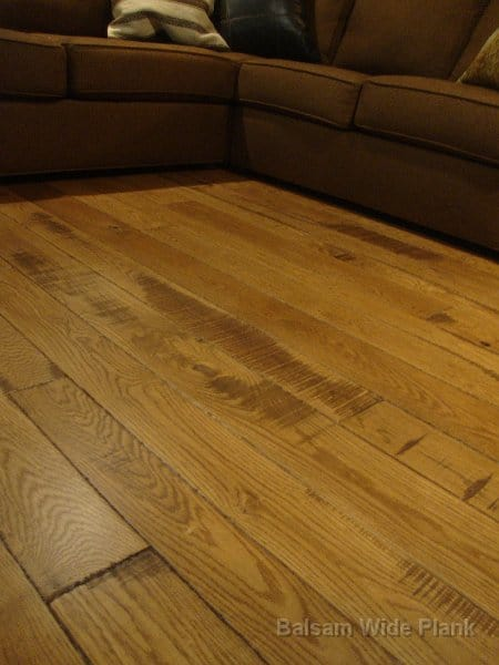 Skip_Sawn_White_Oak_Hardwood_Floor