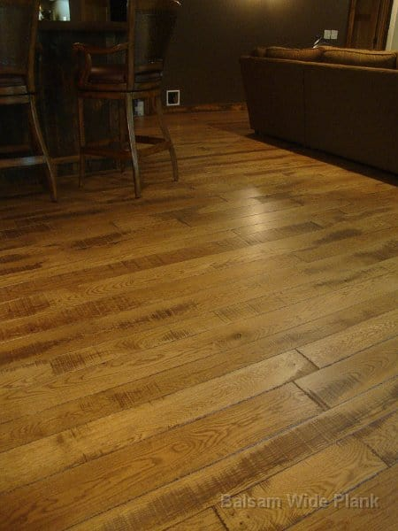 Skip_Sawn_White_Oak_Wide_Plank_Flooring