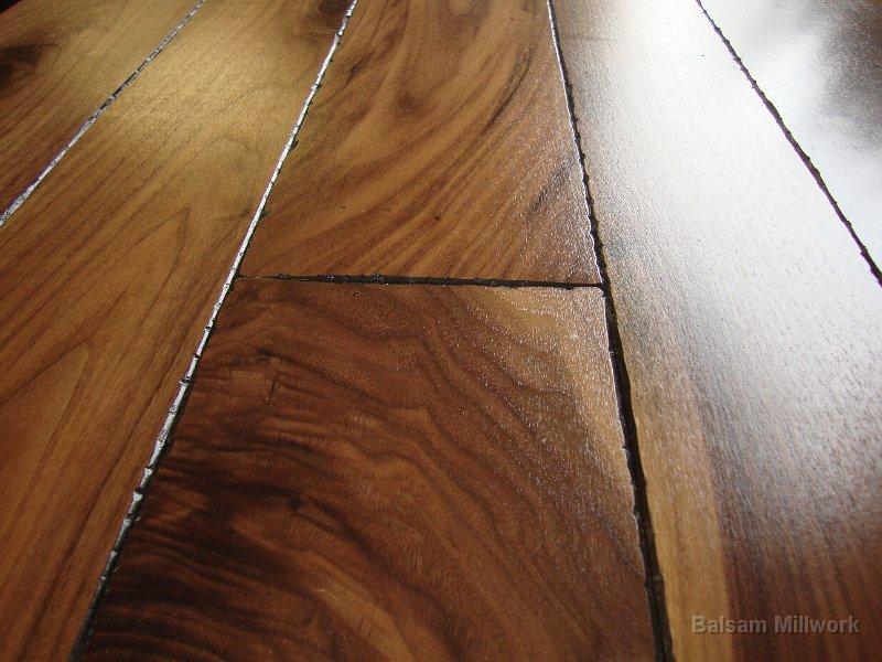 Walnut_French_Bleed_Wood_Flooring