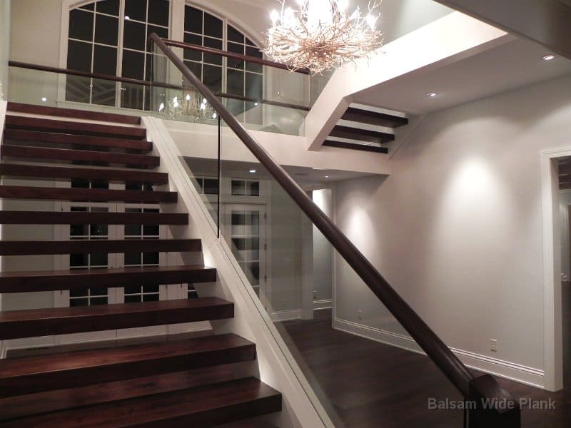 Walnut_Stairs_and_Glass_Grab_Rail